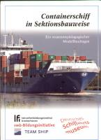 Containerschiff in Sektionsbauwe...